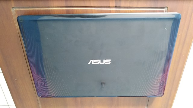Review ASUS X550IU